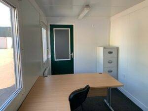 internal view of 20ft x8ft office